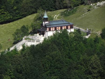 Cerkev Svetega duha v Javorci